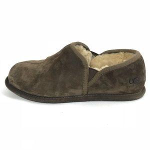 03a46a8d8c0 Ugg Men's Slippers Scuffs Romeo Shearling Sz 9